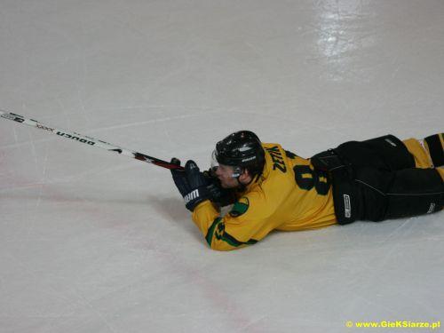 http://www.foto.gieksiarze.pl/albums/uploads/hokej_08_09/zetik_show/gks_0018.jpg