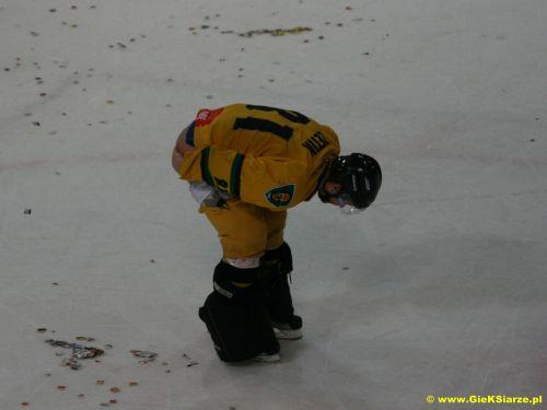 http://www.foto.gieksiarze.pl/albums/uploads/hokej_08_09/zetik_show/gks_0021.jpg